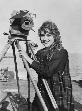 Mary Pickford, 1916